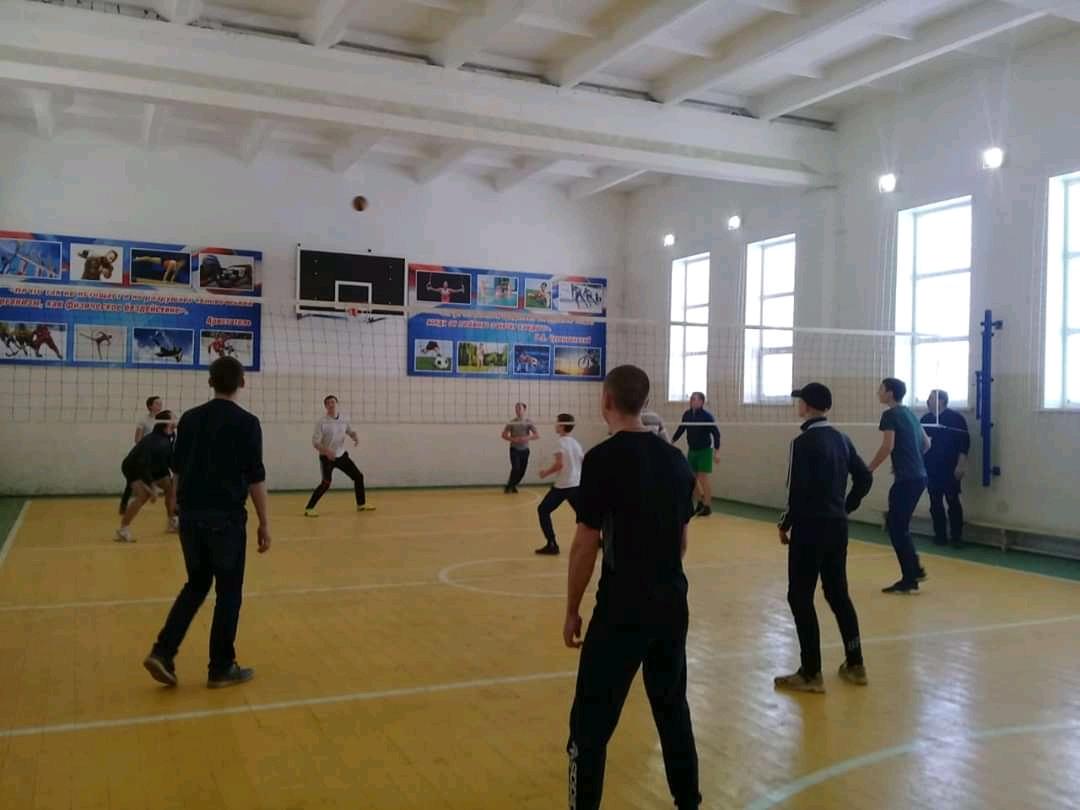Изображение из альбома Новогодний турнир по волейболу