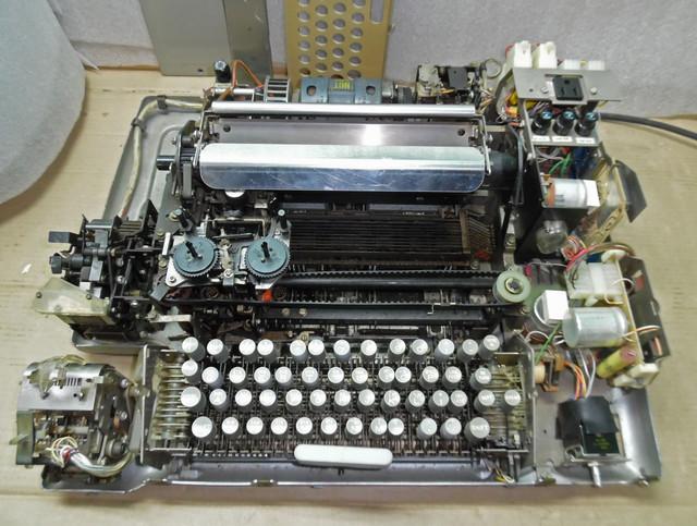 teletype-asr-33-17.jpg