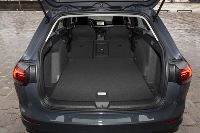 2020 - [Volkswagen] Golf VIII - Page 25 27-CC6-DC8-1255-4-F02-8-B3-A-0-E9-CE220471-B