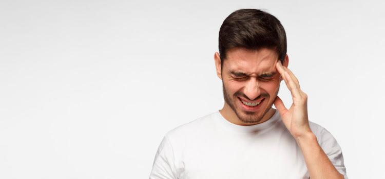 ADEMÁS, SE ASOCIA AL MALESTAR DIGESTIVO, LAS URTICARIAS O LA PICAZÓN : (Vìdeo)El 90 por ciento de los pacientes con migraña también sufre déficit de la enzima digestiva DAO