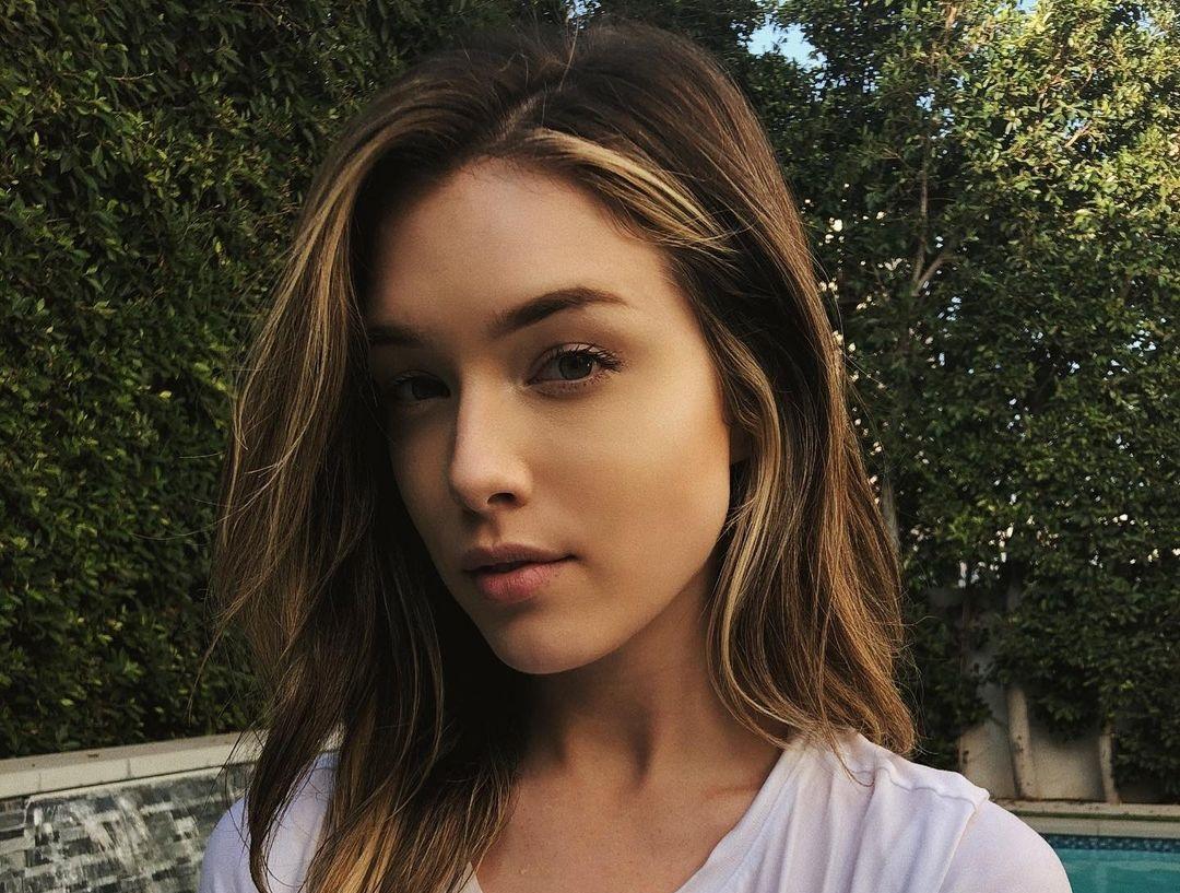 Lauren-Summer-Wallpapers-Insta-Fit-Bio-15