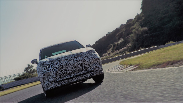 2021 - [Lexus] SUV électrique  1-B995132-76-C2-41-DB-88-B5-09333-B10-AD06