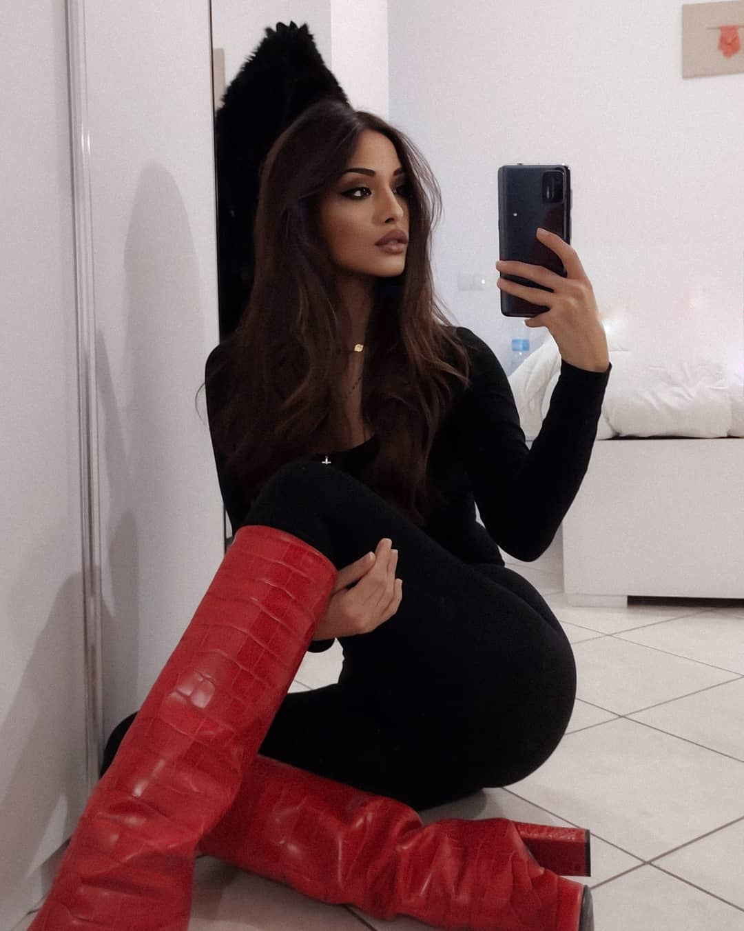 Alessia-Spagnulo-Wallpapers-Insta-Fit-Bio-4