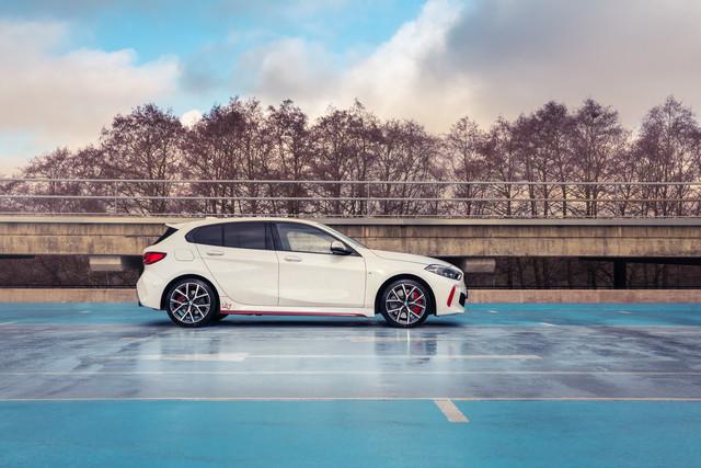 2018 - [BMW] Série 1 III [F40-F41] - Page 32 AE9-E3112-B115-481-E-8-D0-F-52-A900-B5-D157