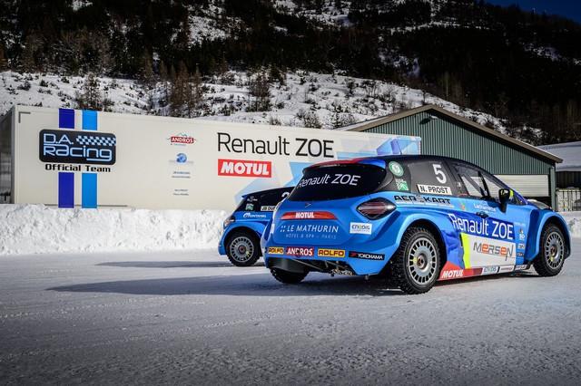 L'heure De La Comfirmation Pour ZOE Glace Et Les Pilotes Du Team Da Racing-Renault-Motul 2020-ZOE-GLACE-e-TROPHEE-Andros-Team-D-A-Racing-Renault-Motul-23