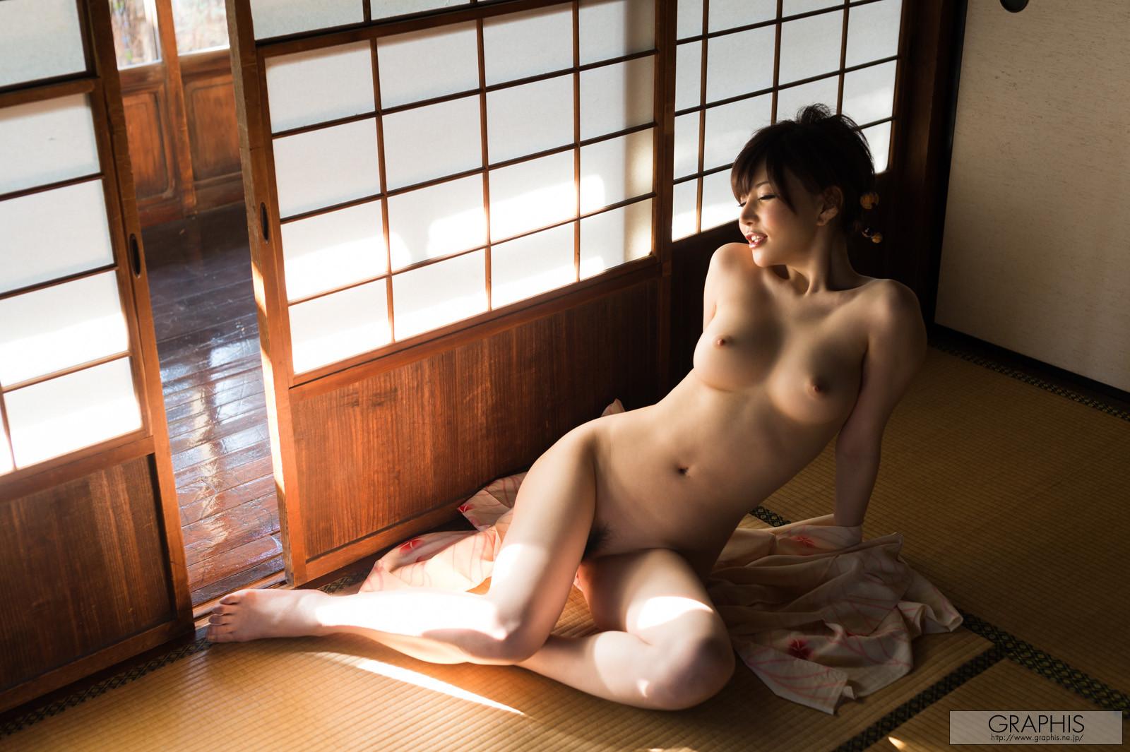 satomi-yuria-080