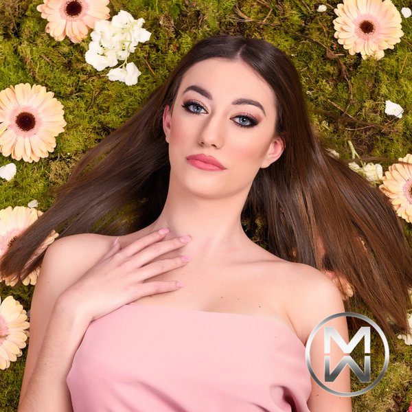 candidatas a miss world malta 2020.  1-Oriana