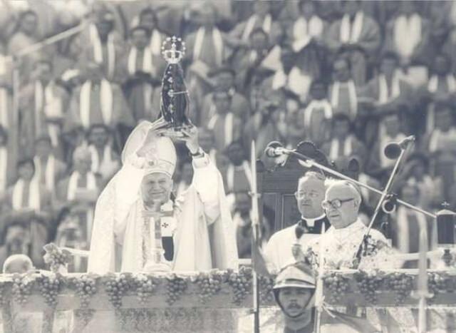 0107-Papa-Joao-Paulo-II-452218
