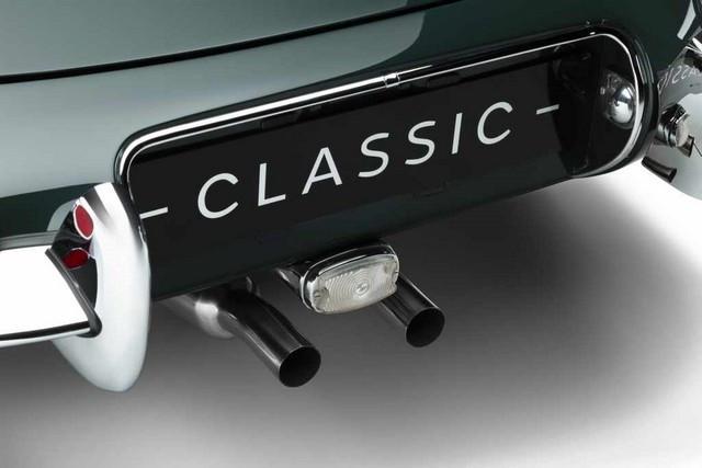 """Jaguar Classic Dévoile La Type """"60 Collection"""" : Homage Au 60e Anniversaire De La Sportive Légendaire 09-E-TYPE-OTS-detail-06"""