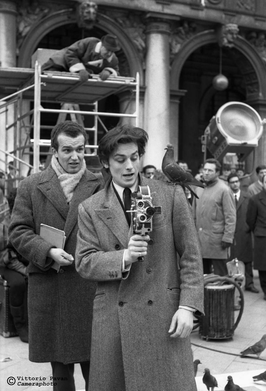 Редкие фотографии известных людей, отдыхающих в Венеции в 1950-60-е годы 8