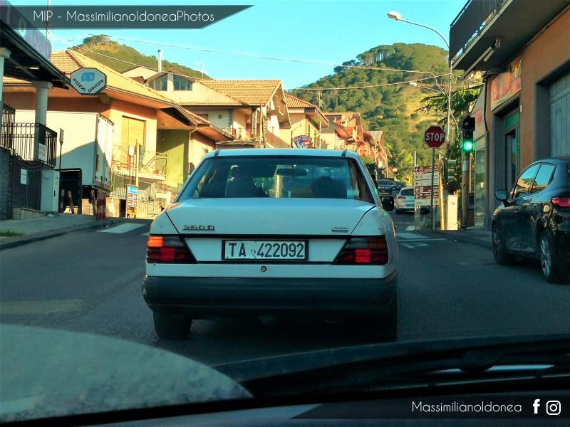 avvistamenti auto storiche - Pagina 23 Mercedes-W124-250-D-2-5-90cv-88-TA422092-378-825-1-6-2018-1