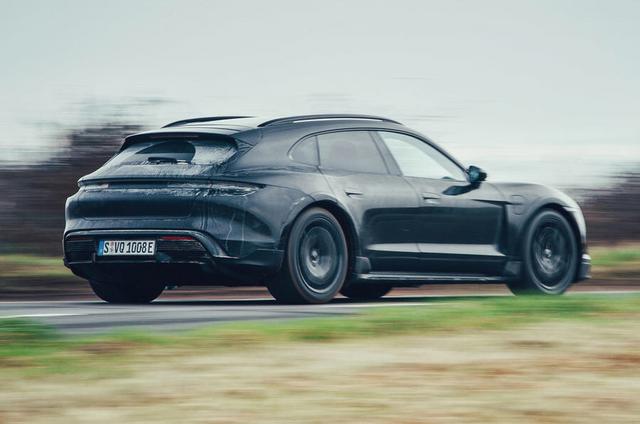 2020 - [Porsche] Taycan Sport Turismo - Page 3 3-D1664-D4-838-C-477-A-8-A7-C-44958-E20-CE82