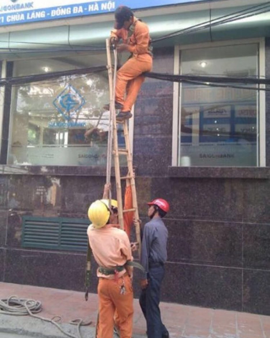 This-Foreigner-Captures-All-of-the-Weird-Stuff-He-Stumbles-Upon-in-China-and-it-s-Hilarious-24
