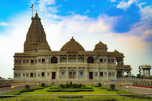 Top 5 Temples in Mathura for a Religious Tour