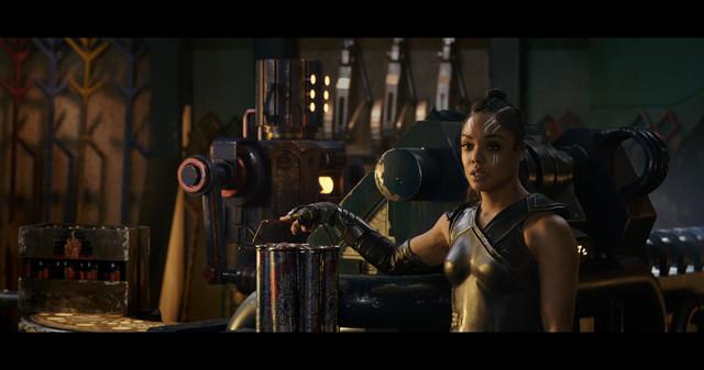hor-Ragnarok-2017-IMAX-BDRip-1080p-Ita-Eng-x265-NAHOM-mkv-20190117-202832-175
