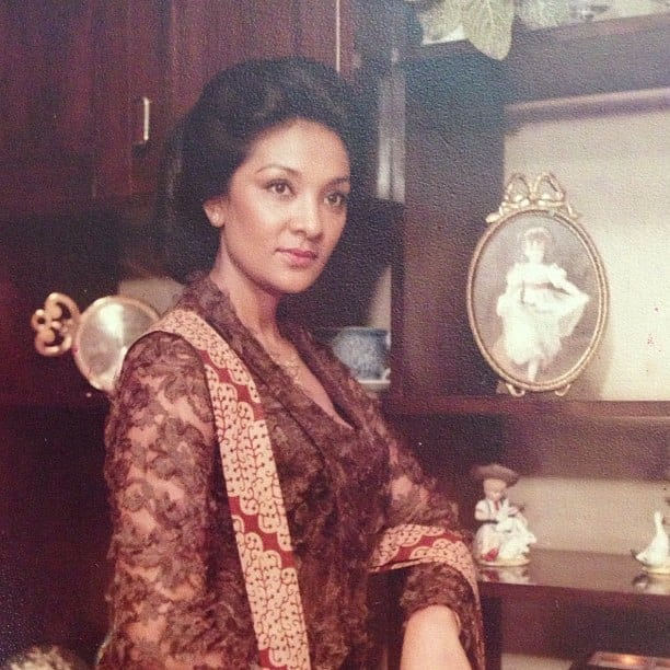 Farida Pasha muda (Instagram/faridapashaofficial)