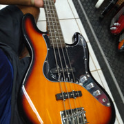 SX Jazz Bass V - Página 2 IMG-20200302-163314