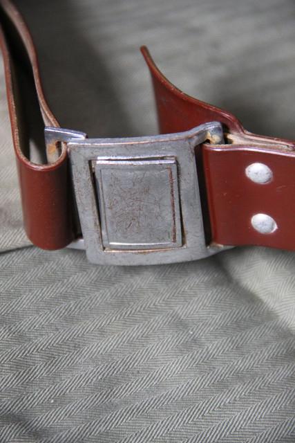 13-belt-buckle.jpg