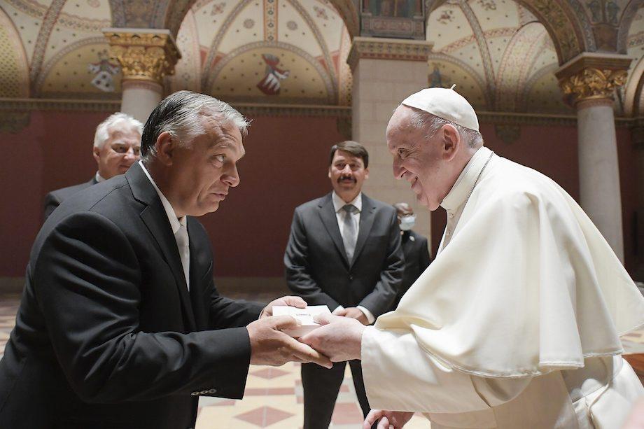 pápež František a Viktor Orbán