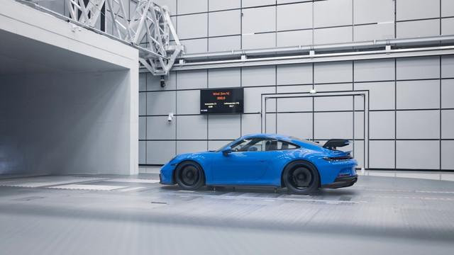 2018 - [Porsche] 911 - Page 23 D505-FEE9-C6-BD-480-D-8-C8-B-4629-BA0-C9-D9-A