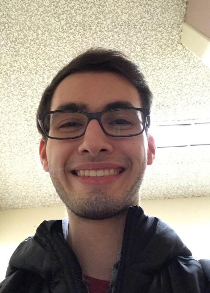 https://i.ibb.co/y5GW8Hk/Selfie-2.jpg