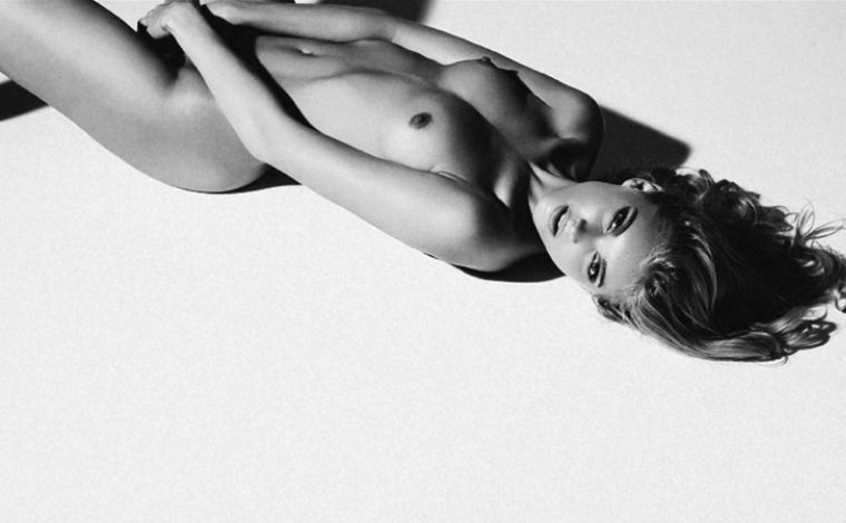 Victorias-Secret-Elsa-Hosk-Nude-Photos-www-ohfree-net-061