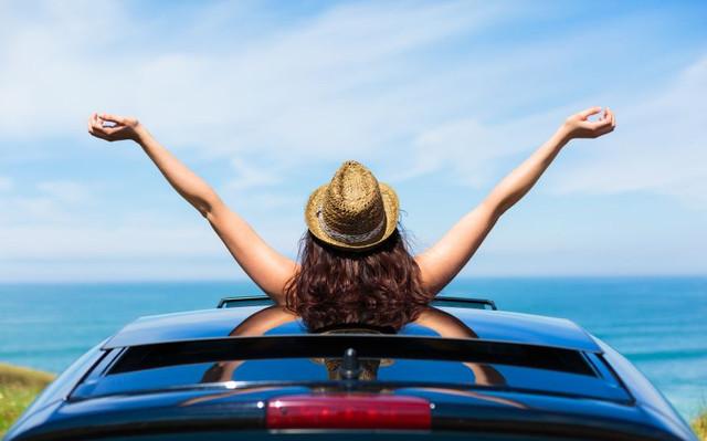 Mobil Terbaik Dengan Atap Sunroofs, Moonroofs & Panoramic