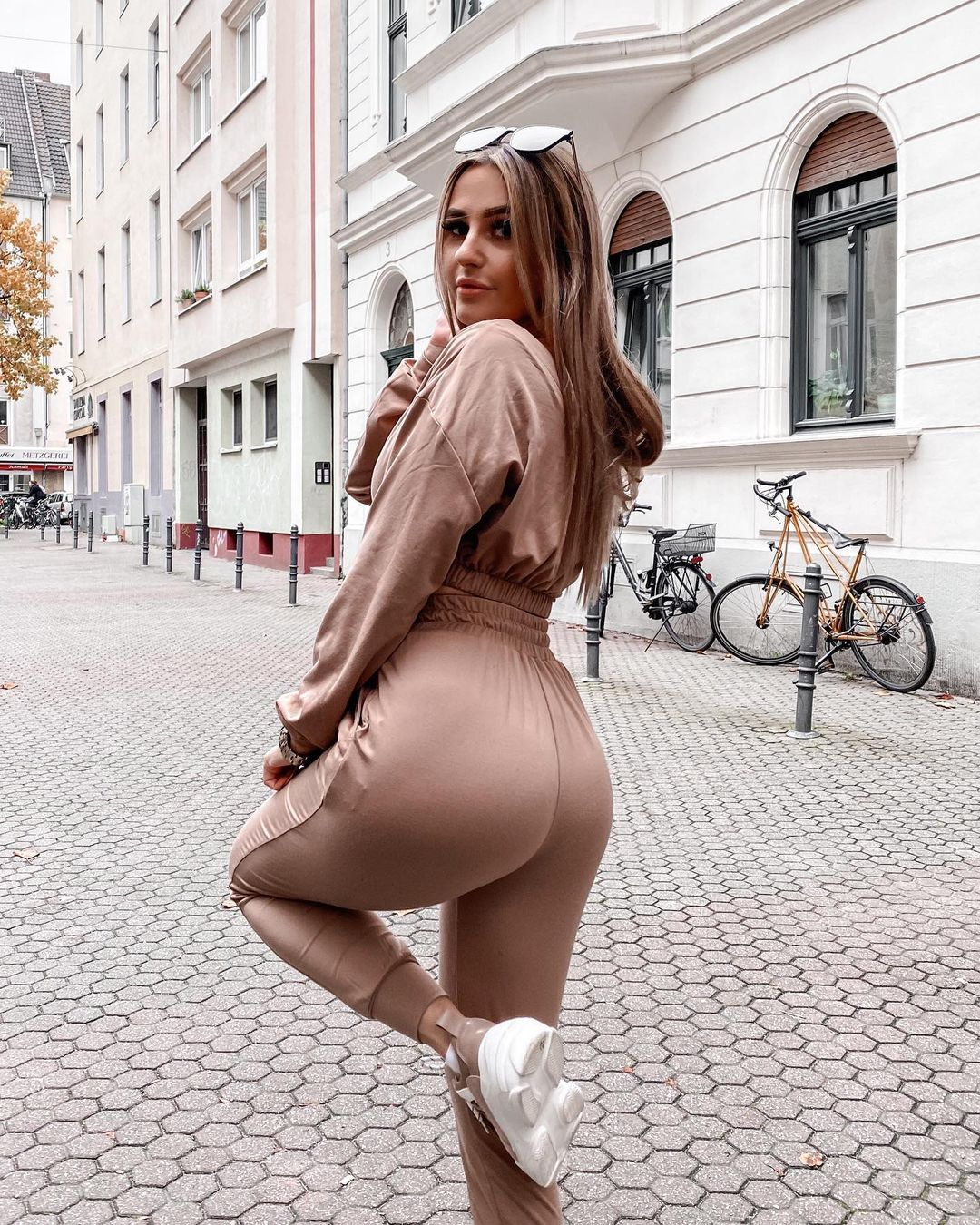 Lisabe-Wallpapers-Insta-Fit-Bio-2