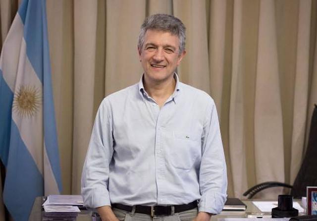 Lopez-Gustavo010