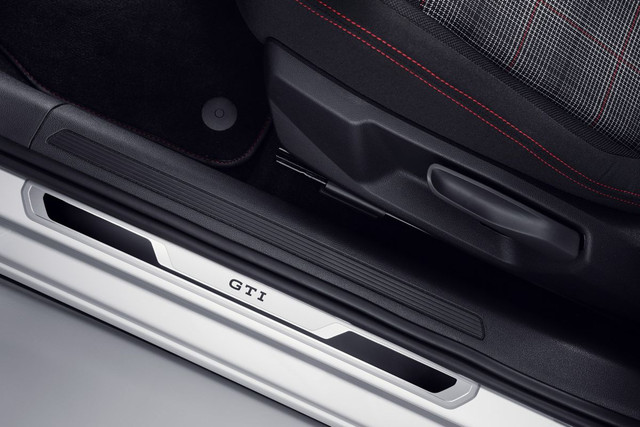 2021 - [Volkswagen] Polo VI Restylée  - Page 8 1-B945-C5-A-3-FD2-4-A33-B6-EE-DD2-B2-AD4-EFA0