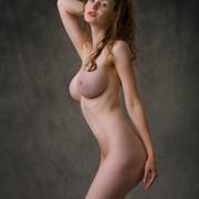 susann-shamelessly-showcases-an-amazing-curvy-body-13-w800