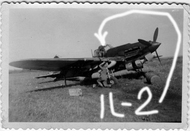 Orig-Foto-Luftwaffe-beute-Flugzeug-Iljuschin-Il-2-Rata