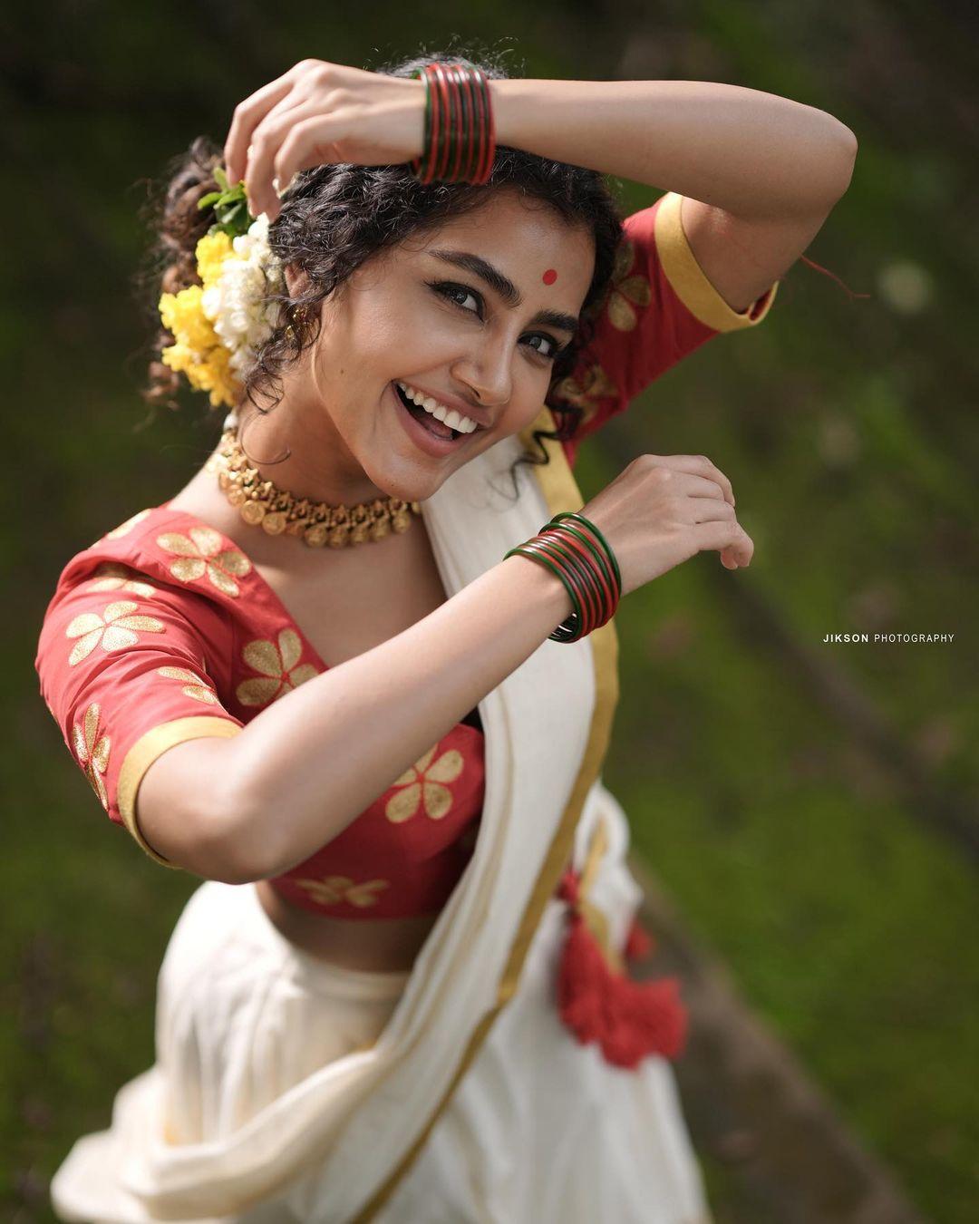 Anupama-Parameswaran-Onam-Photoshoot-7