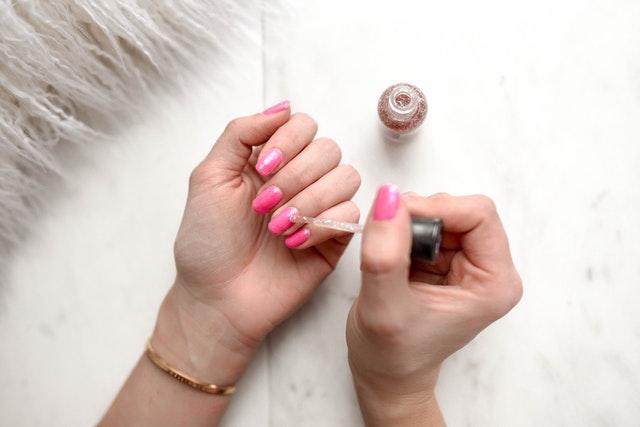 https://i.ibb.co/yNqMw1z/private-label-nail-polish.jpg