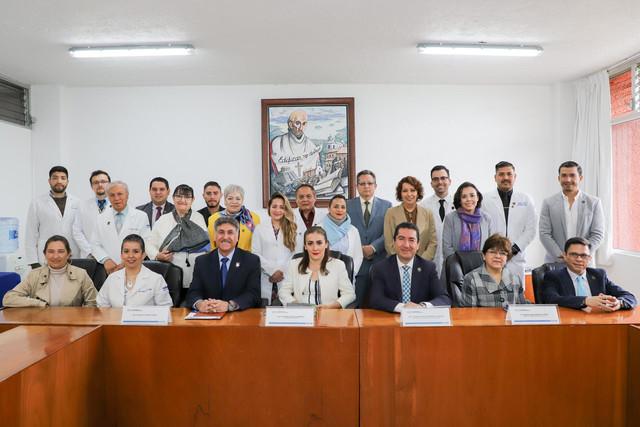 Dir-Medicina-Vicente-Tovar-28