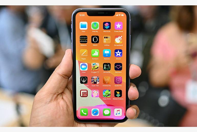 i-Phone-11-s2