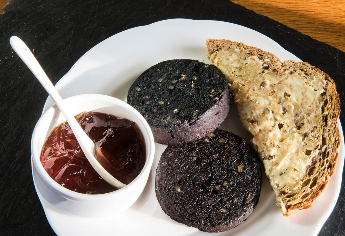 Black Pudding, Vacation in Scotland