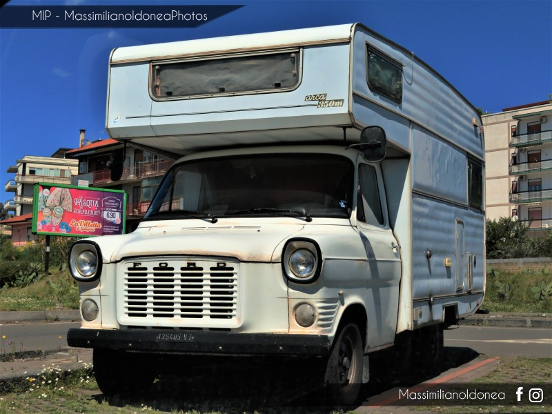 Veicoli commerciali e mezzi pesanti d'epoca o rari circolanti - Pagina 9 Ford-Transit-Camper-D-2-4-63cv-75-VT135405-290-336-7-5-2018-2