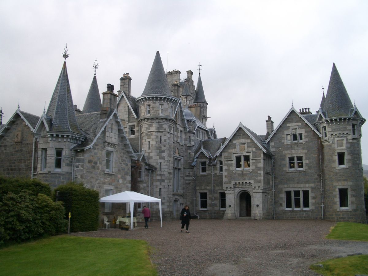 The Crown 4: le location viste nella serie tv Netflix