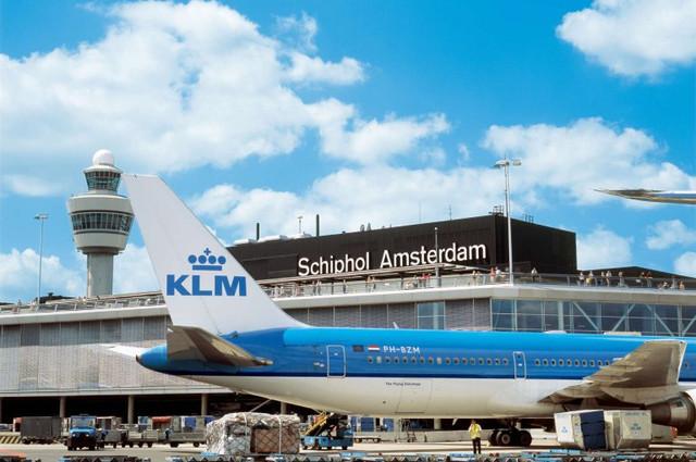 aeropuerto-schiphol-amsterdam-travelmarathon-es
