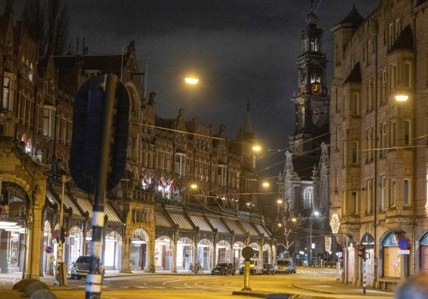 Ulice potpuno puste: U Holandiji prvi put poslije Drugog svjetskog rata uveden policijski sat