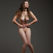 susann-has-such-a-seductive-pair-of-big-round-boobs-which-she-flaunts-shamelessly-06-w800