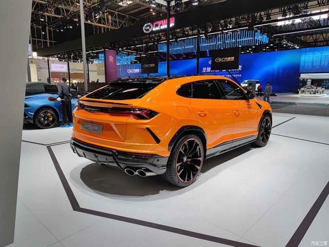 2018 - [Lamborghini] SUV Urus [LB 736] - Page 11 53579-EB5-483-D-40-FD-917-B-AB33-FBF21-C20