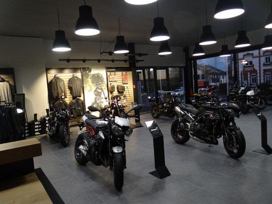 showroom-motos-1
