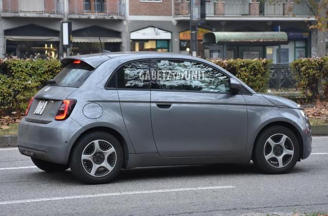 2020 - [Fiat] 500 e - Page 29 04274788-7525-47-C4-897-E-89800-B4-DE275