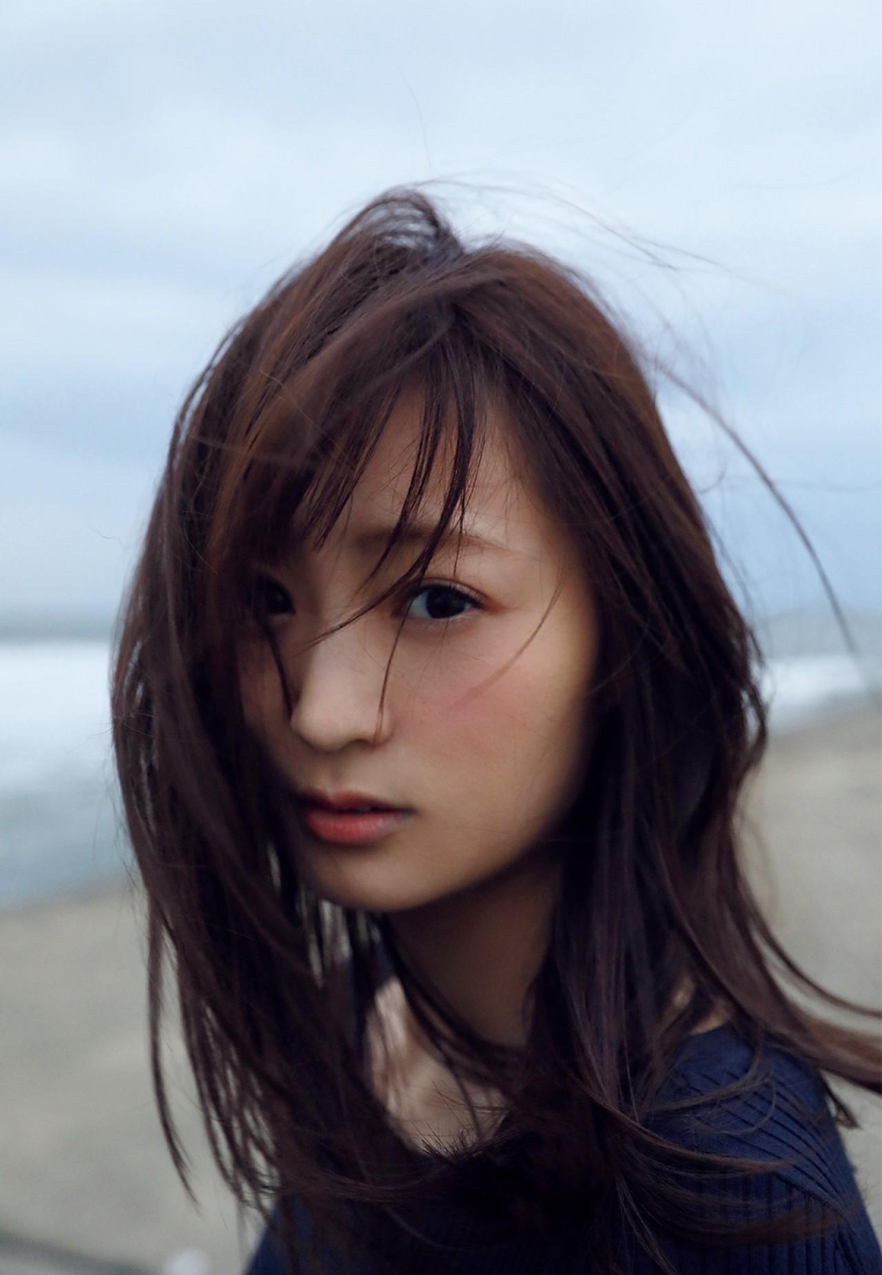 和田瞳 初公開 フルヌード エロ画像 001