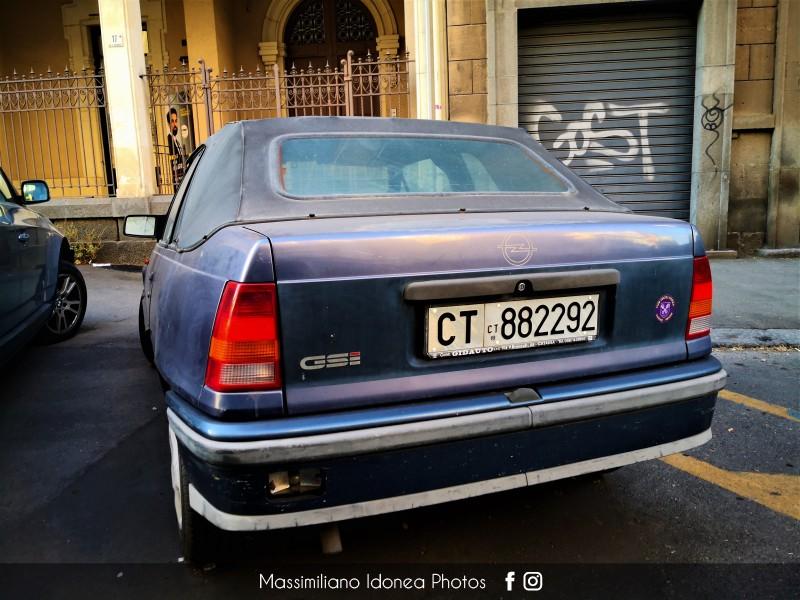 avvistamenti auto storiche - Pagina 33 Opel-Kadett-Cabrio-GSI-2-0-116cv-89-CT882292-124-200-16-12-2016