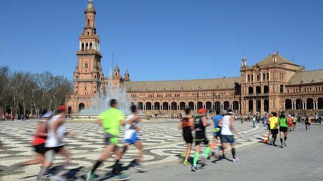 maraton-sevilla-plaza-espa-a-travelmarathon-es