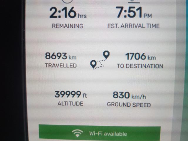 Level Airlines Economy Class35
