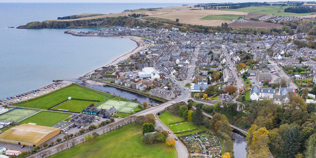 Stonehaven-looking-South.jpg